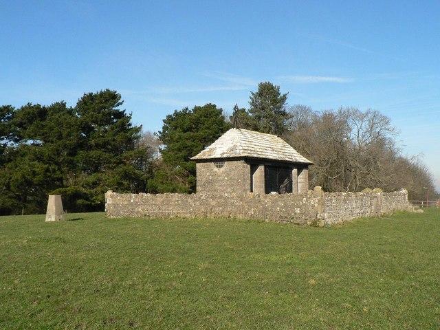 Havenstreet: war memorial