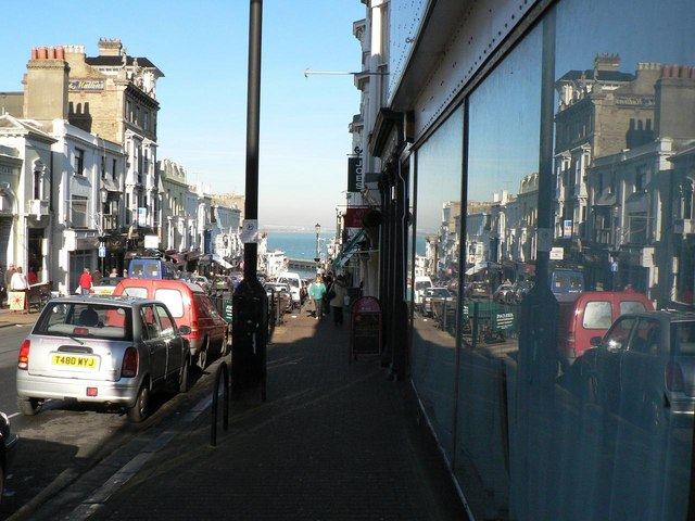 Ryde: Union Street reflections