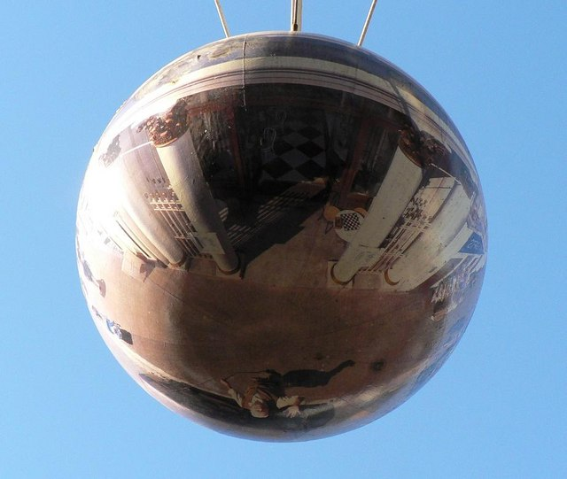 Ryde: spherical mural