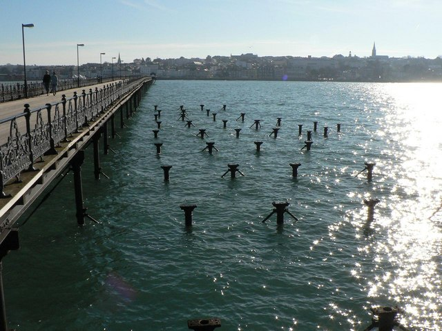 Ryde: posts alongside the pier