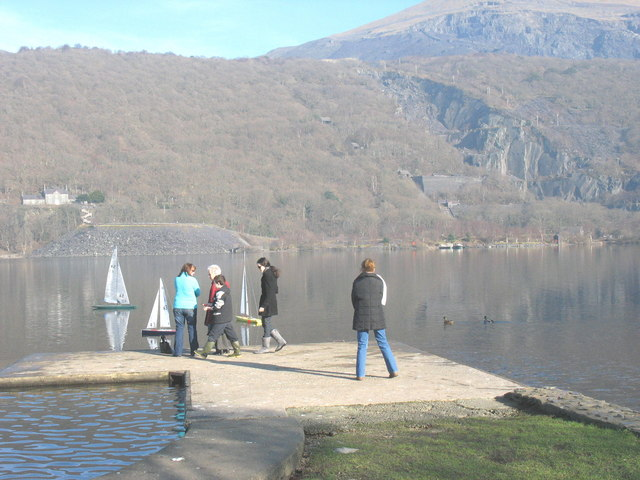 Model boat sailing off the boating jetty at Llanberis