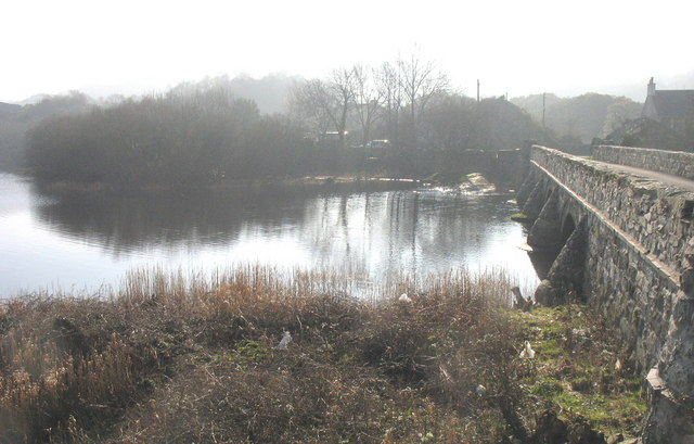 Pont Penllyn on a misty morning