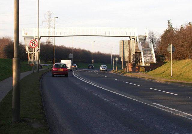 Footbridge over A6120 - Dawson's Corner
