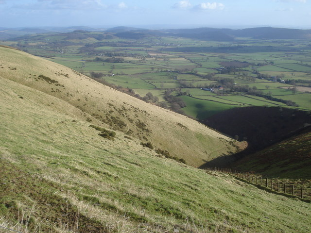 Small valley running off Bache Hill
