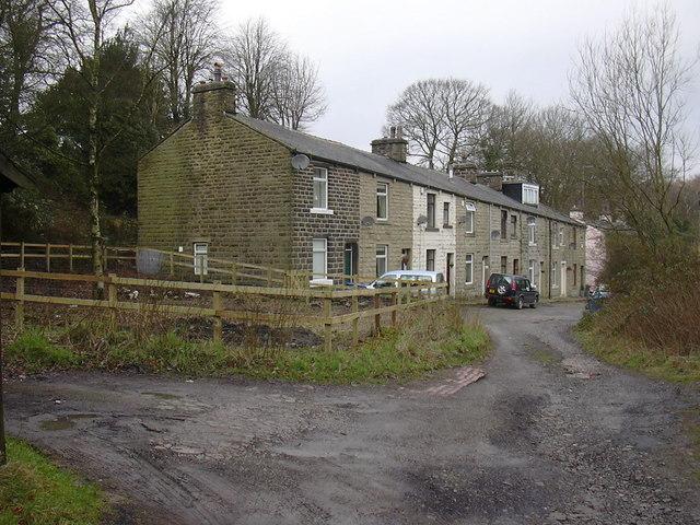 Lee Road, Lee Mill