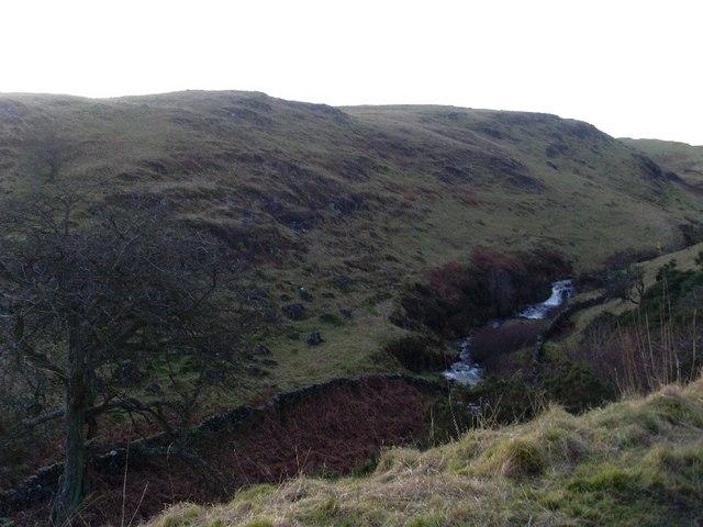 Steep side of valley at Loch Humphrey Burn