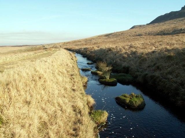 Deer Hill Conduit looking to Holme Moor