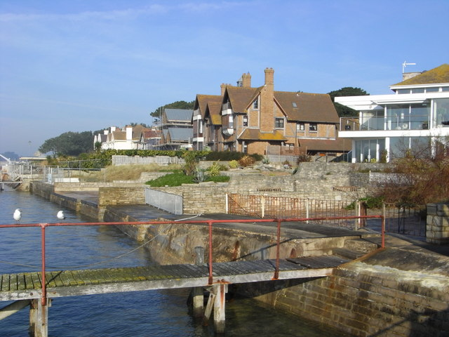 Homes of the rich and famous, Sandbanks