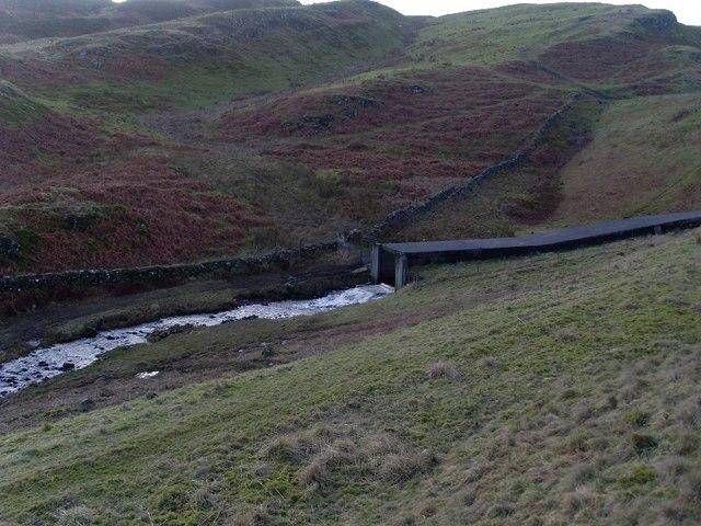 Loch Humphrey Burn emerges from Greenside Overspill