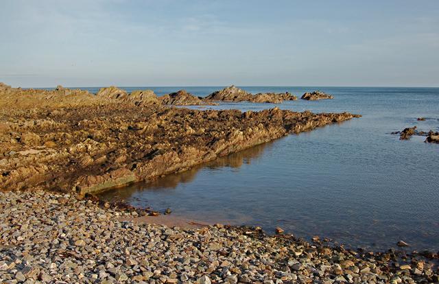 Portlong Hythe shore