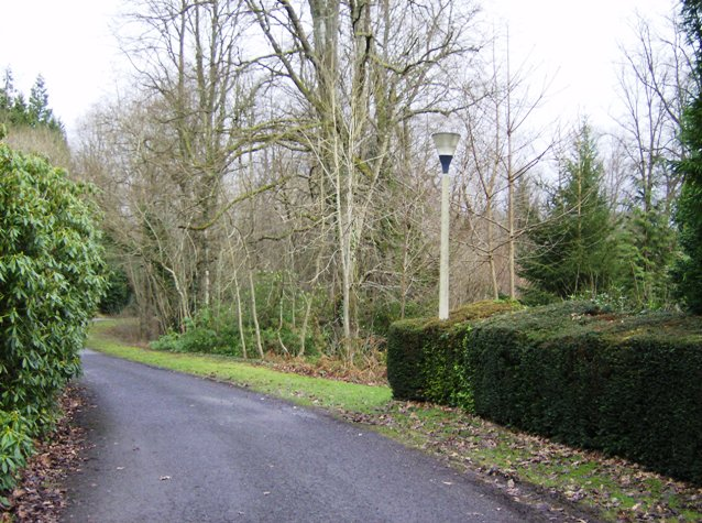 Entrance drive to Caer Beris Manor