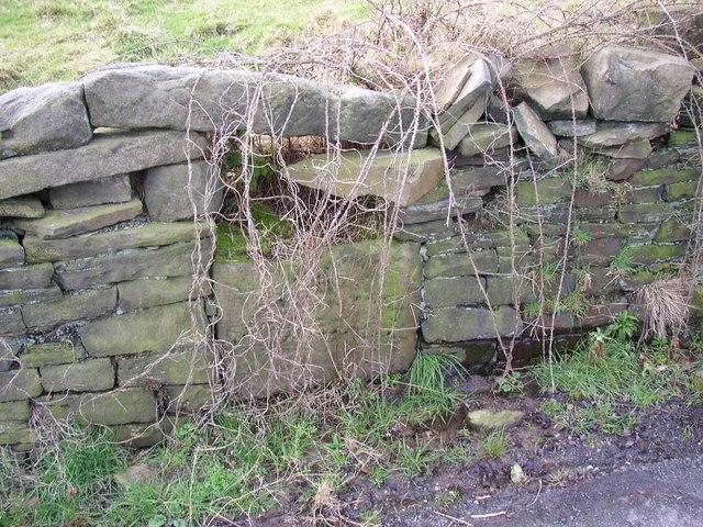 Trough, Steele Lane, Barkisland