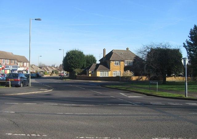 Buckland Avenue - looking east