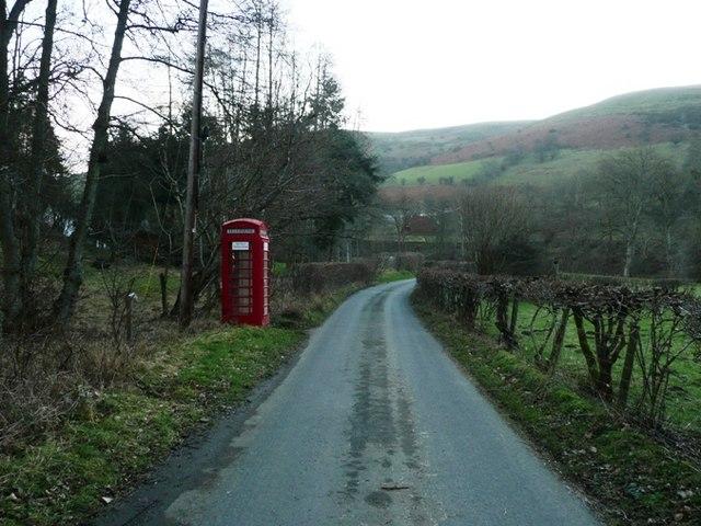 Phone box at Llanbadarn-y-garreg