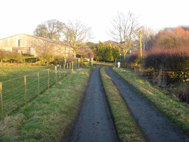 Approach to Penny Hill Farm