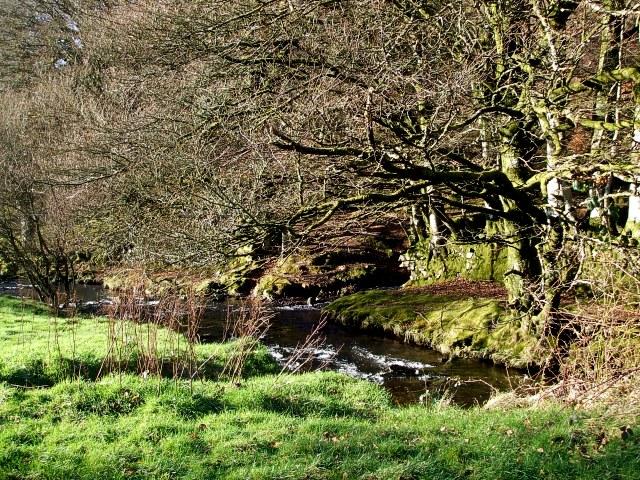Weir Water next to Robber's Bridge