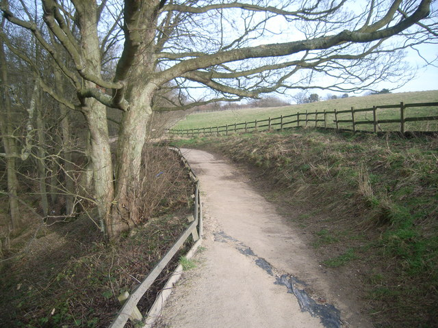 Flamborough Head - South Landing - heritage path