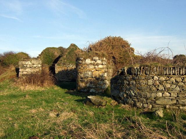 Ruin above Abermawr