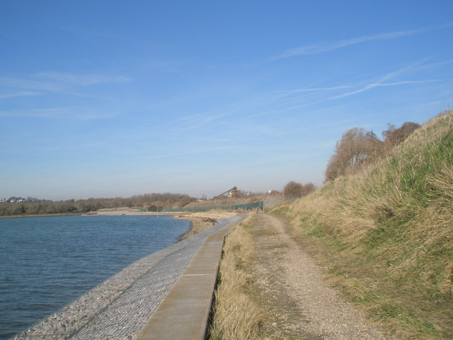 Coastal footpath near Broadmarsh