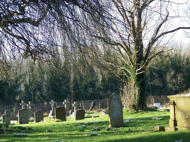 Graveyard, St Peter's Church, Soberton