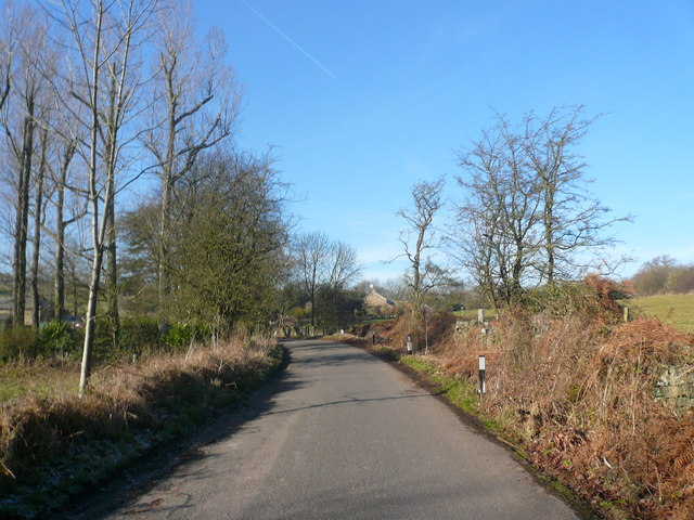Approaching Yew Tree Farm