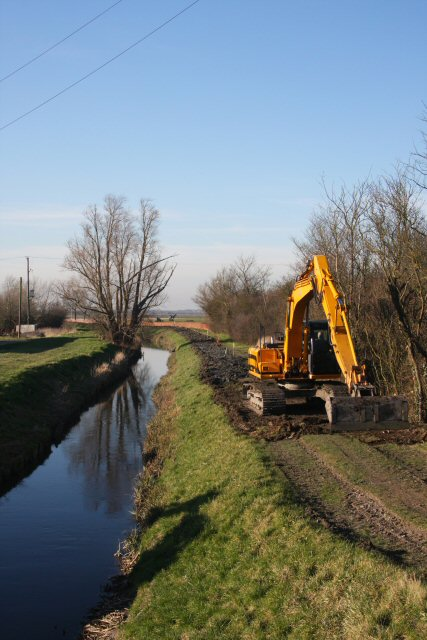 Dredging operations at Soham Cotes