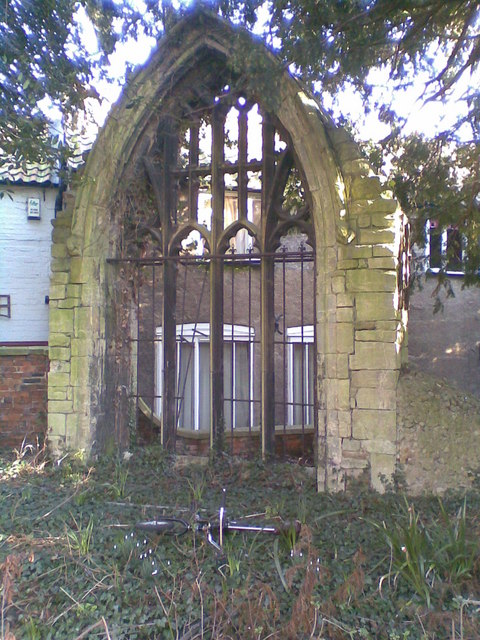 Feature Window at St Denys Churchyard, Sleaford