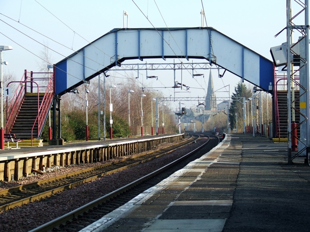 Paisley St James station