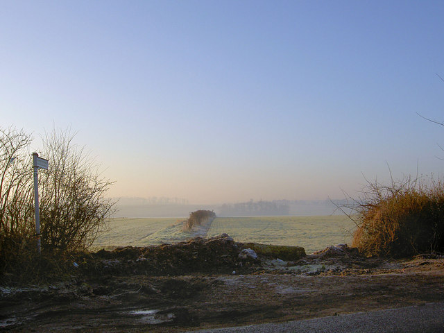 Misty bridleway from Long Gate