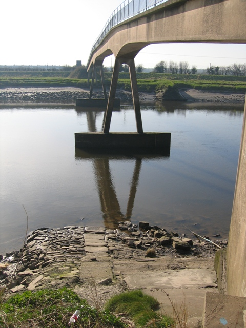 Footbridge over the River Dee at Higher Ferry