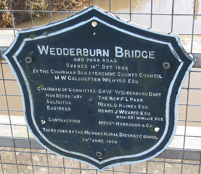 Plaque on Wedderburn Bridge