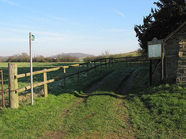 Footpath to Home Farm, Hartpury