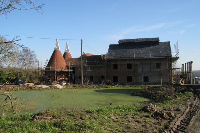The Oast House & The American Oast, Walkhurst Farm, New Pond Road, Benenden, Kent