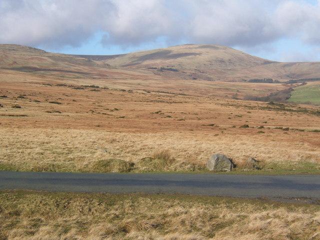 Wide open fellside beside Corney Fell road, looking to Whitfell