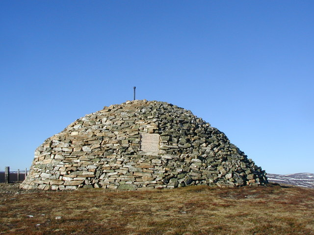 Baronet's Cairn on the summit of Carn Mór