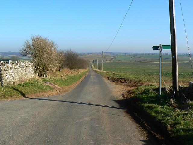 The Windrush Way, near Hawling
