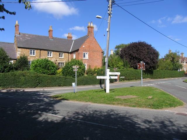 Grass triangle in Whissendine