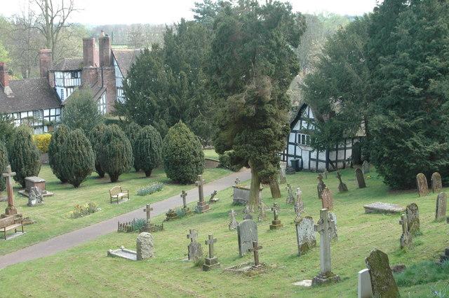 Worfield churchyard