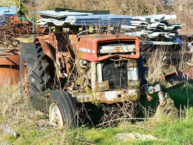 Old tractor, Little Farmcote farm, near Winchcombe