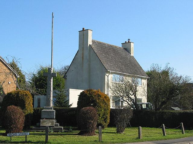 The war memorial, Hartpury