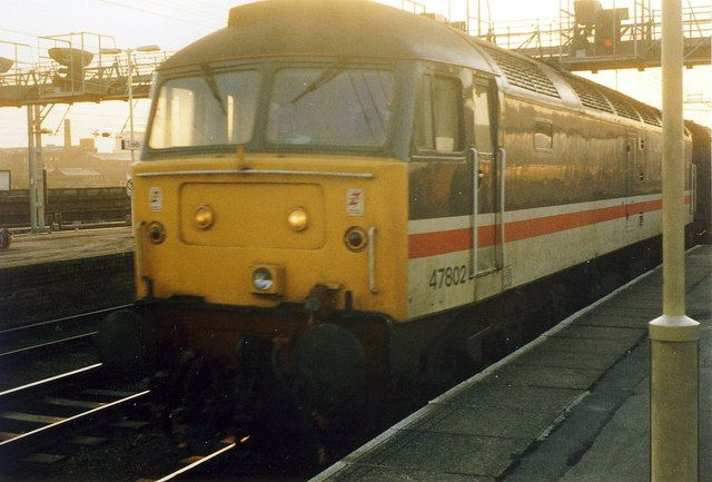 47 802 Arrives at Leeds Station.