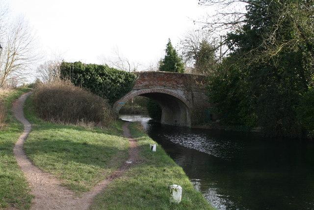 Colt Hill Bridge, Odiham, Basingstoke Canal