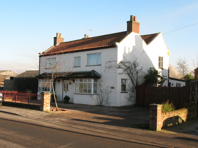 Former village inn, Sinderby