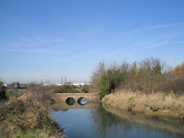 Pretty bridge near Mill Lane