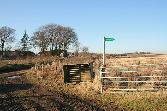 Footpath leading eastwards of Inchgreen Farm