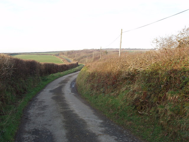 Road north from Burford Cross