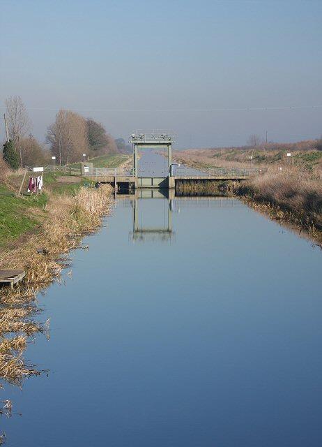 Sluice on Old Bedford River