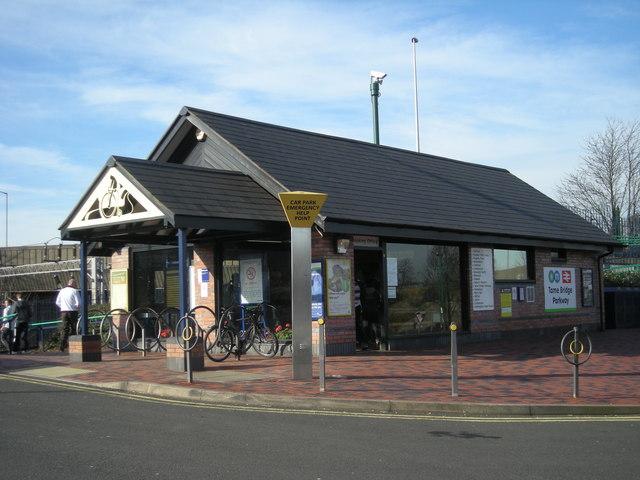 Tame Bridge Parkway railway station