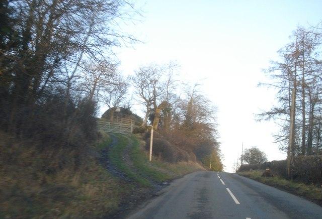 B4372 north of New Radnor