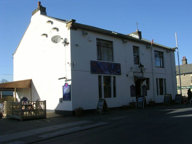The Red Lion - The Green